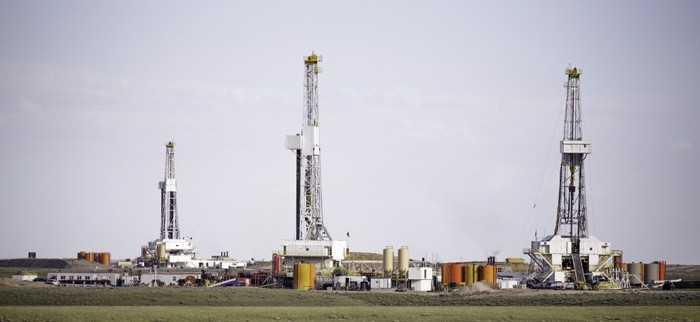 3 fracking derricks